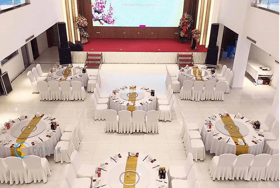 Hội trường khách sạn Hùng Vương