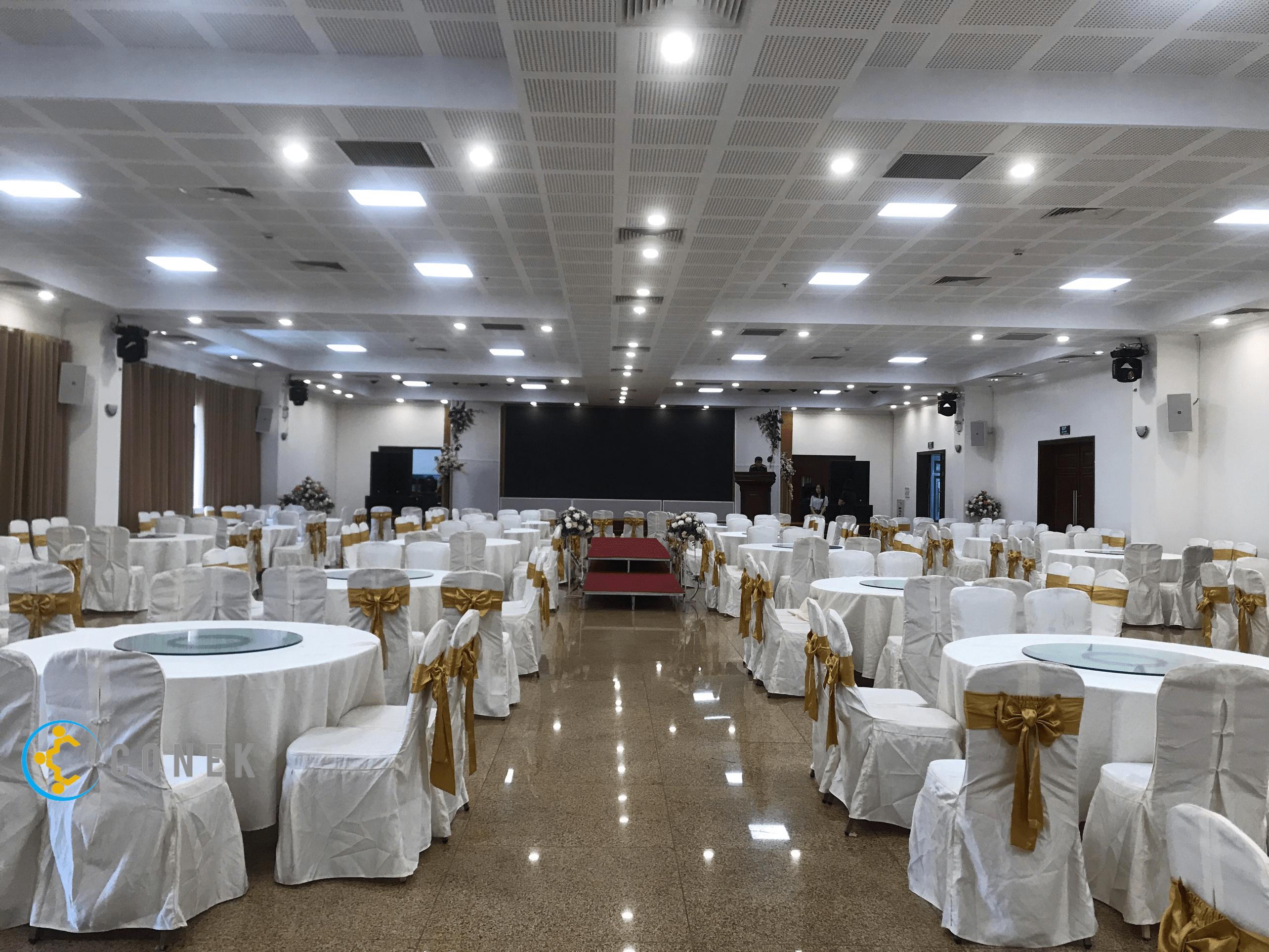 Hội trường khách sạn Thuỵ Khuê