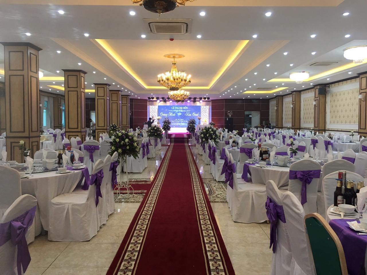 Khách sạn Lê Duẩn