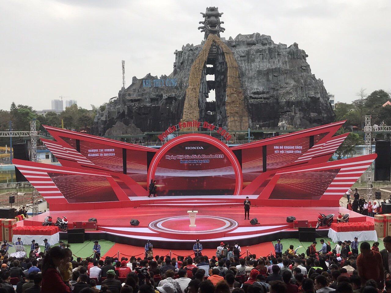 Cho thuê thiết bị sự kiện tại Hà Nội | Conek Việt Nam